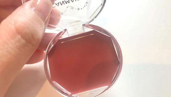血色メイクに使うキャンメイククリームチークの画像